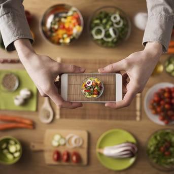 Orange testuje HD  Voice z Plusem i PLAY - w tym roku będzie też T-Mobile
