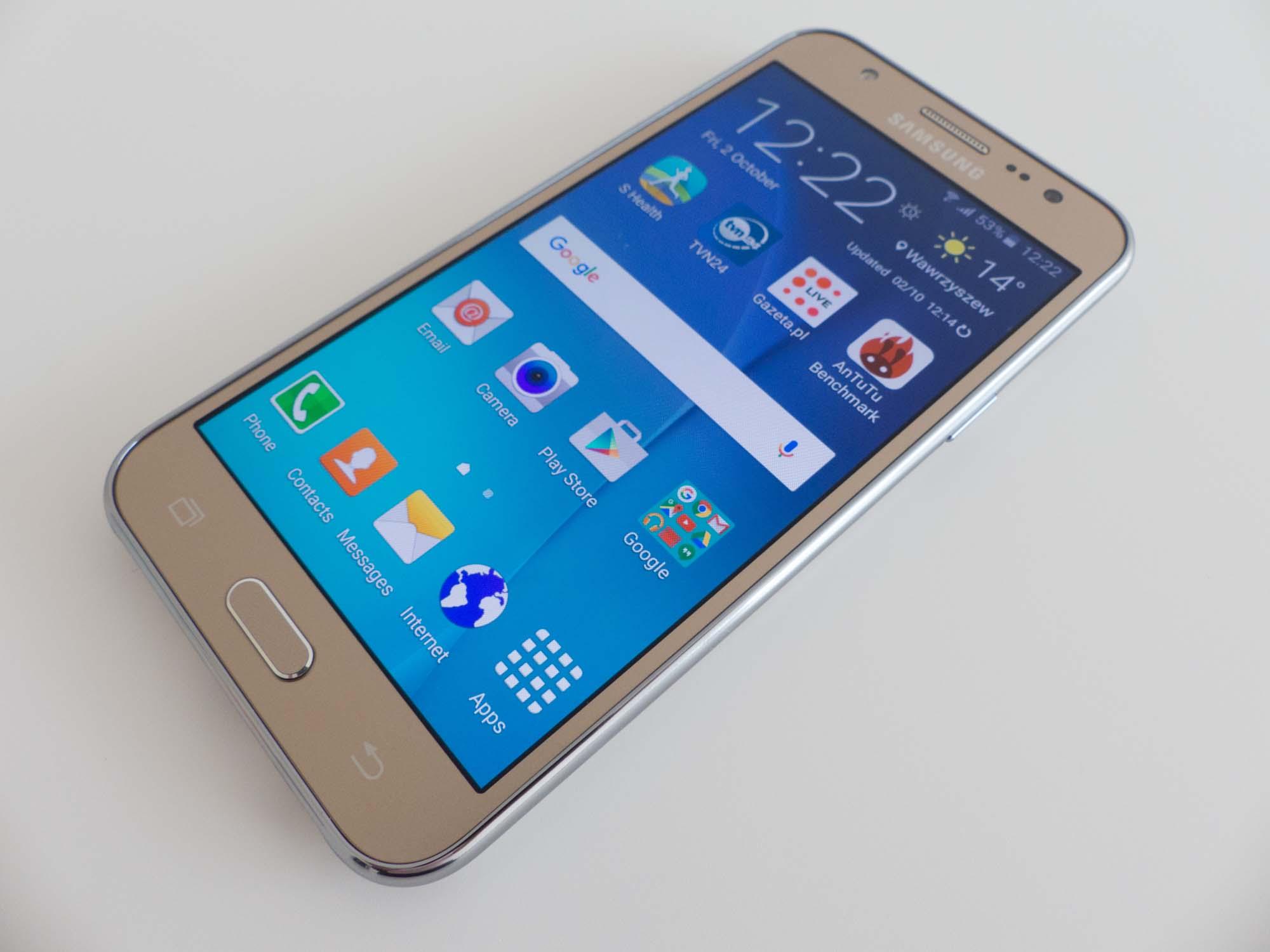 Zdjęcia Galaxy J5