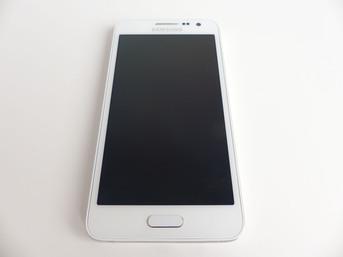 Samsung Galaxy A3 - nasza galeria zdjęć
