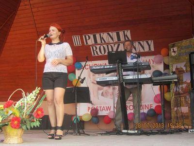 O Muzyczną oprawę imprezy zadbał zespół Mariola i Piotr.
