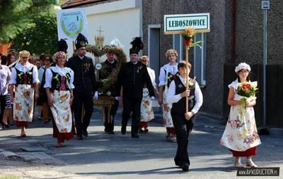 Barwny korowód był jedną z atrakcji Dożynek w Leboszowicach.