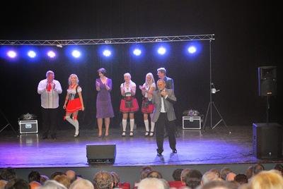 Podczas Gali Śląskich Szlagierów w Krotoszynie wystąpili; Grupa Fest,Freje,Claudia i Kasia Chwołka i Grzegorz Stasiak.