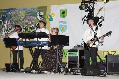 Zespół Baca Dance poprowadził zabawę taneczną.