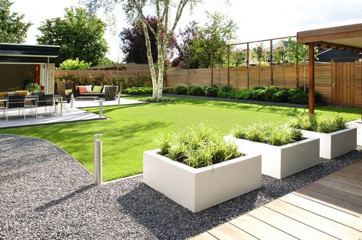 Ogr d ma o wymagaj cy vertit studio architektura krajobrazu for Tuinontwerp kleine tuin strak