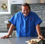 Travel Diet Destroyers  Wellness magazine  Photo Credit:iStockPhoto.