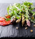 Burgers Vs. Salads | Wellness magazine