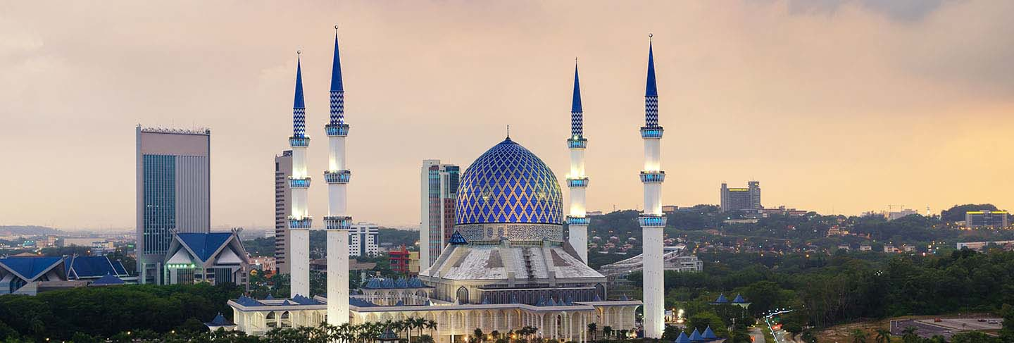The beautiful sultan salahuddin abdul aziz shah mosque (also known as the blue mosque) located at shah alam, selangor, malaysia