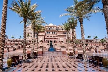 Emirates palace hotel - Dubai marina