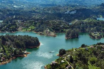Reservoir of el penon de guatape. antioquia colombia. water landscape