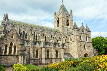 Travel in ireland. dublin, christ church cathedral
