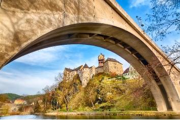 Amazing landmark in czech republic, near karlovy vary loket middle aged castle with blue sky in spring