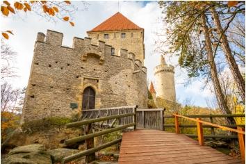 Medieval castle kokorin in north bohemia in autumn