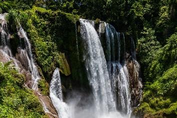 Honduras pulhapanzak waterfalls