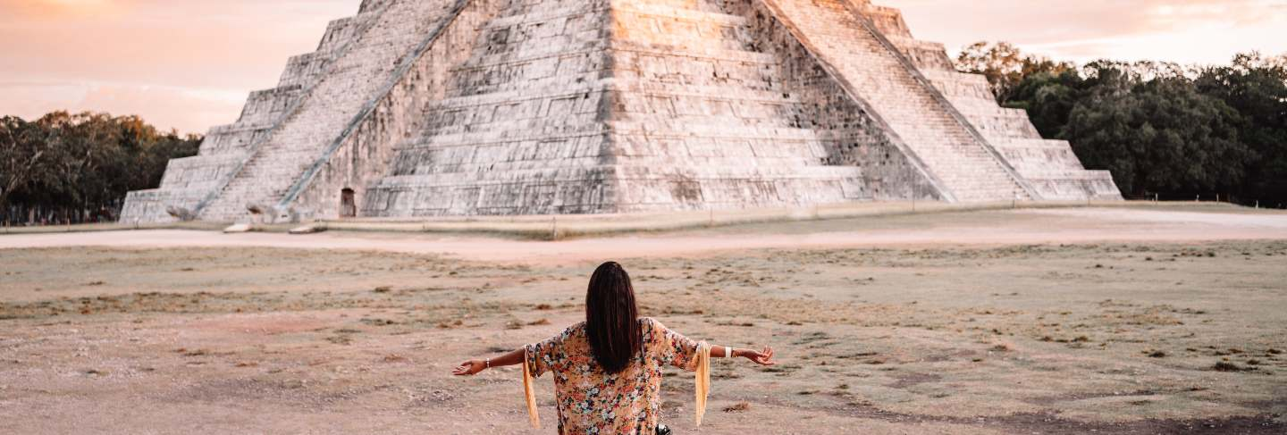Girl in chichen itza, mexico
