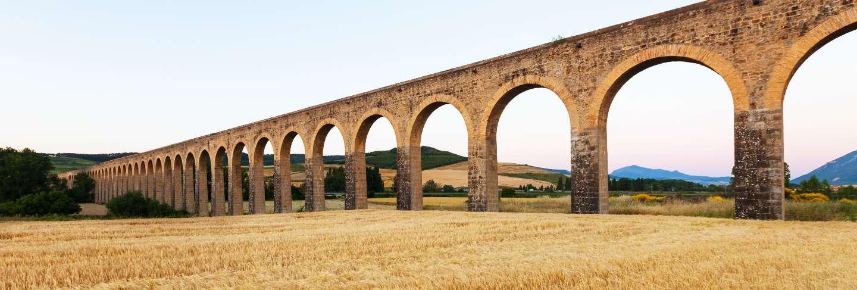 Acueducto de noáin. Navarre