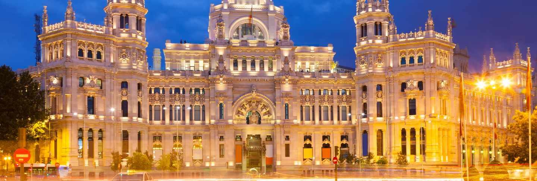 View of palacio de cibeles in evening. madrid
