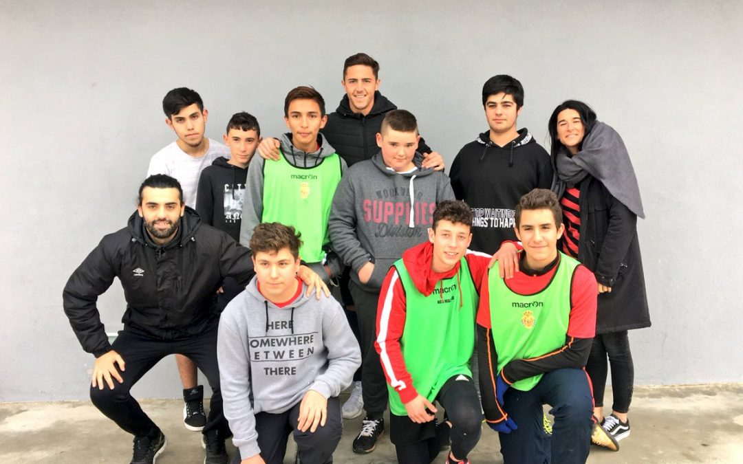 Raíllo apadrina un equip de La Lliga Verda