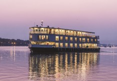 India 2021 Ft Ganges Voyager 1 Exterior At Night