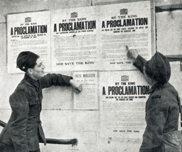 British soldiers read King's Proclamation calling up all services in 1939