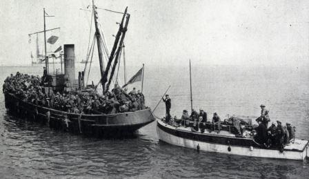 Dunkirk Little Ship heading for England