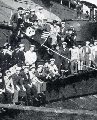 Finding your submariner ancestor