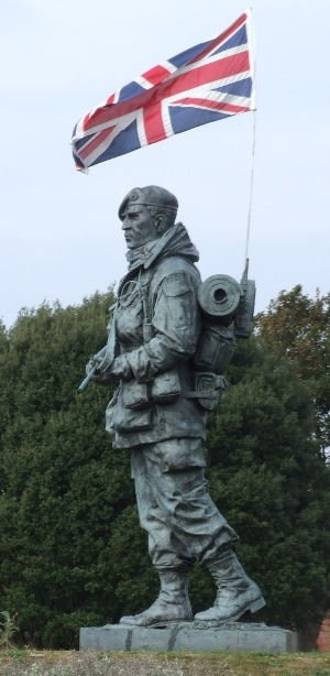 The Yomper - Falklands memorial statue, Royal Marines Museum