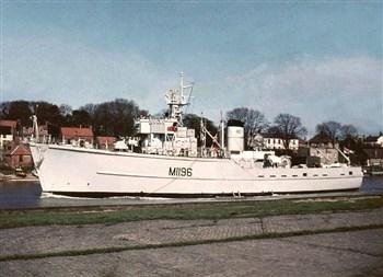 HMS Yarnton