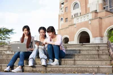 Study Abroad Guide for China - Plan Your Expenses