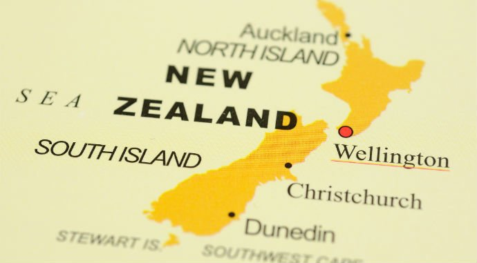 Make savings on your hard earned dollars when transferring money to New Zealand