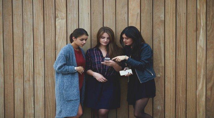 Millennials ditch cash in favor of payment apps