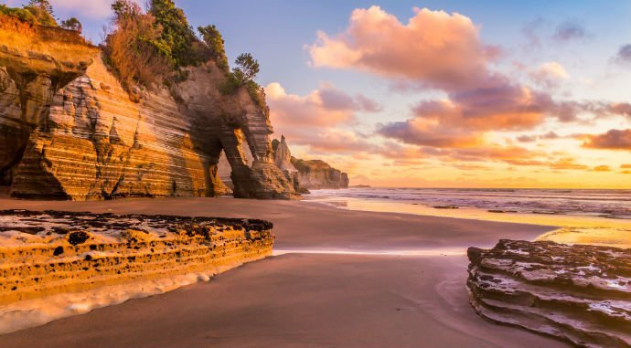 Say Kia Ora (hello) New Zealand - Save more Aussie dollars on your travels through a currency exchange broker