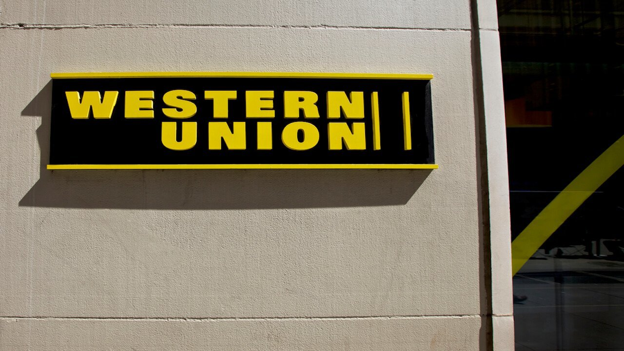 Western Union pairs up with Hong Kong company