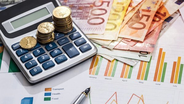Currency Roundup - Euro Affected by Uncertainty; Dollar, Pound, Loonie and Ozzie Are Up