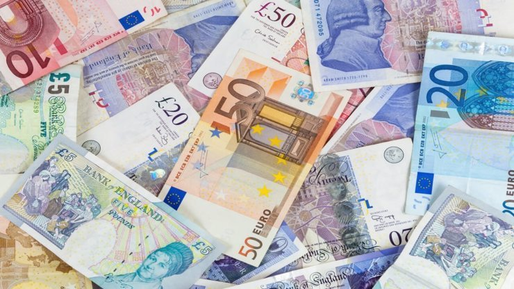 'No deal' may lead GBP to fall to parity with the euro