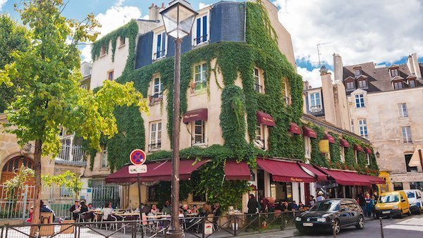 french houses for sale paris