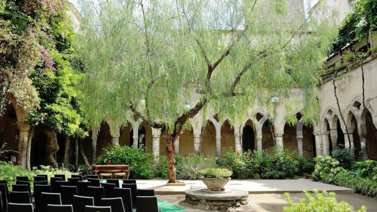 italian courtyard destination wedding sorrento