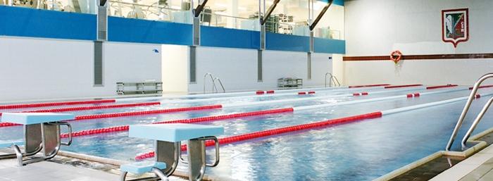 los mejores gimnasios con piscina interior en barcelona