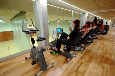 Foto 2 Oferta Gimnasio CEM Horta Barcelona - GymForLess