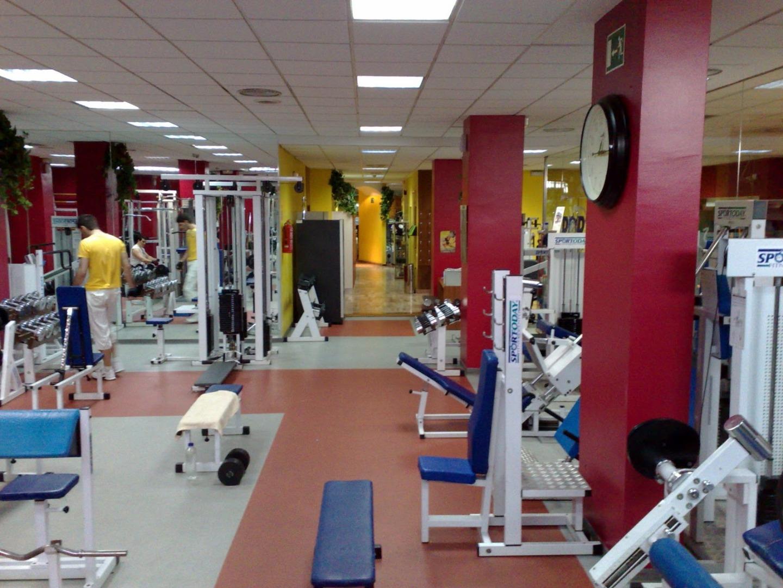 Gimnasios con ofertas en arganzuela atocha madrid for Gimnasio one