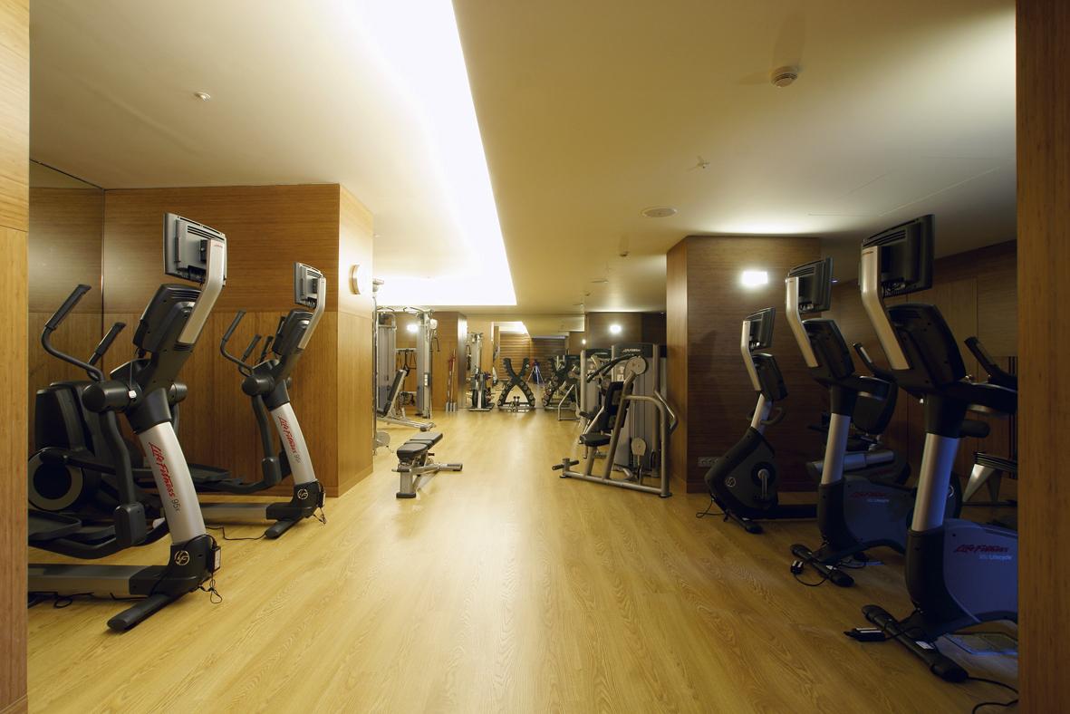 Foto 3 Oferta Gimnasio SPAZIO Wellness Barcelona - GymForLess