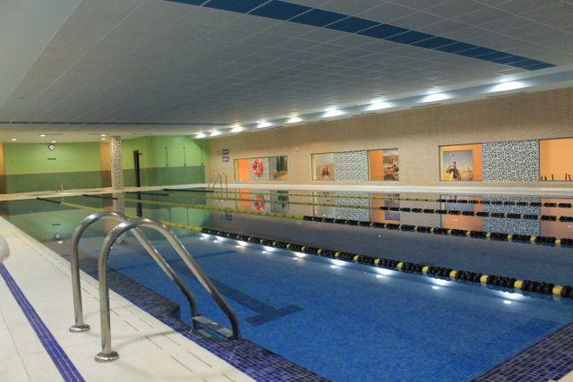 Los mejores gimnasios con entrenamiento personal en zaragoza for Piscina publica zaragoza