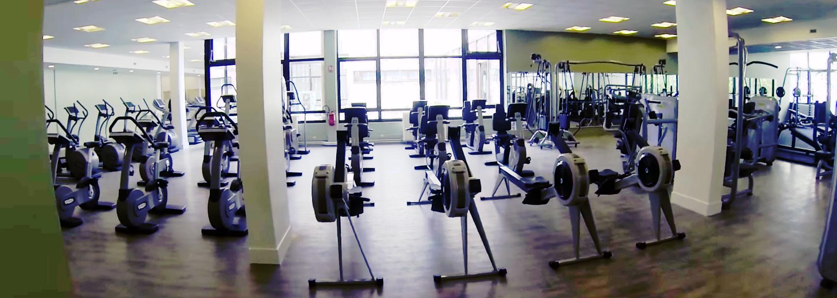 salles de sport pas cher avec poids libre paris gymforless. Black Bedroom Furniture Sets. Home Design Ideas