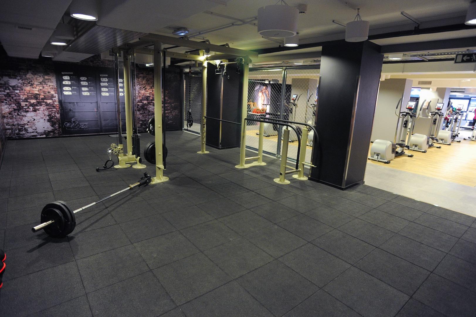 Picture 2 Deals for Gym McFIT Viladecans – C.C. Vilamarina Viladecans