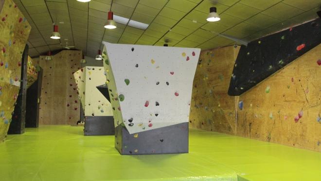 Oferta gimnasio the climb roc dromo legan s gymforless for Gimnasio leganes