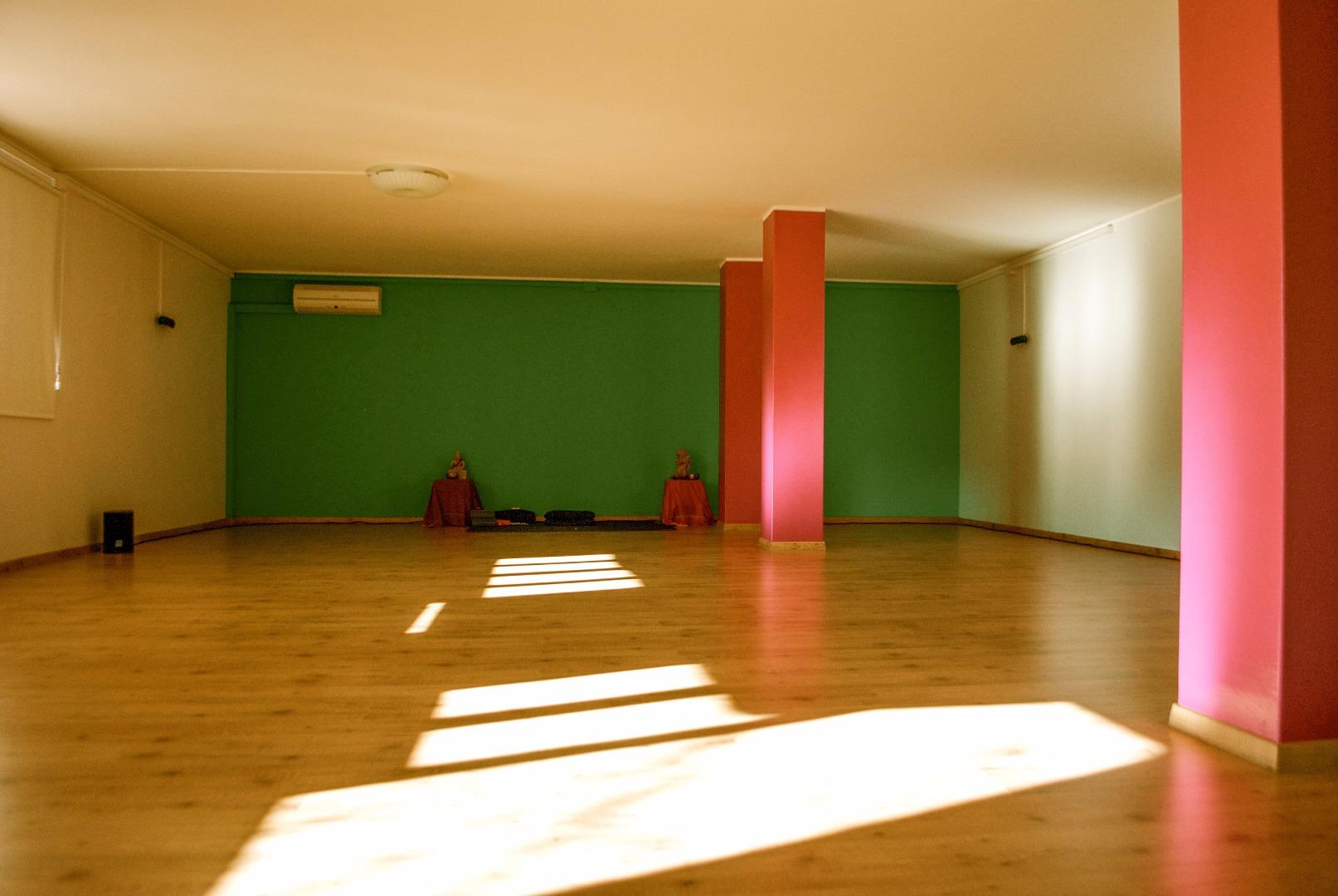 Foto 2 Oferta Gimnasio Wu wei Yoga Sant Cugat del Vallès - GymForLess