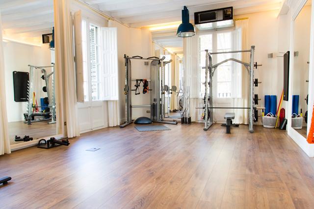 Foto 1 Oferta Gimnasio The Living Room Barcelona - GymForLess