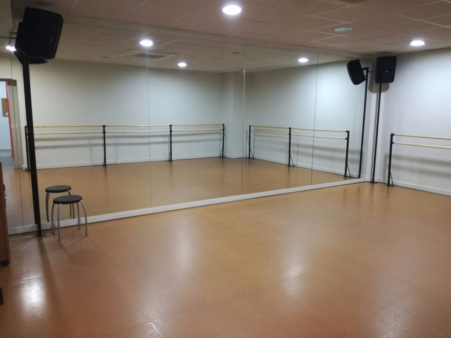 Picture 2 Deals for Gym Swing Maniacs / Dance Maniacs Sants - Les Corts Barcelona