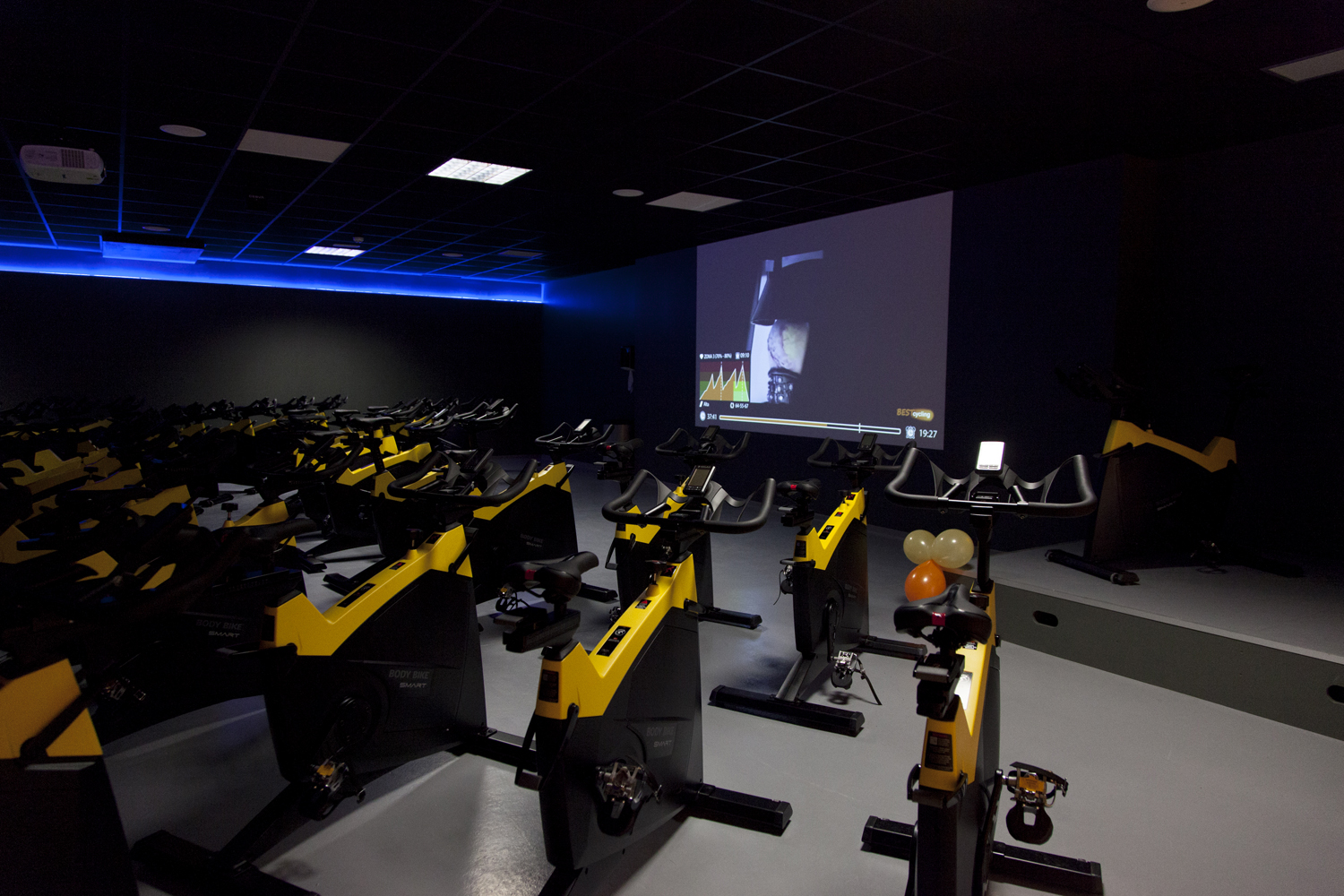 Picture 2 Deals for Gym Vivagym Manso Barcelona
