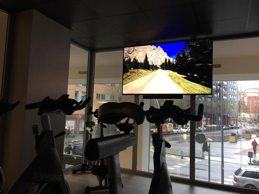 Picture 8 Deals for Gym WUW Fitness Poblenou Barcelona