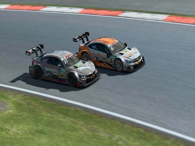 RaceRoom - DTM Experience 2015 - title cover